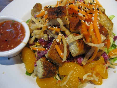 Veggie Grill's Thai Salad with Tempeh