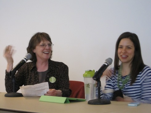 "Ginny Messina, R.D. (in black), sitting next to Gena Hamshaw during, ""How Hot Topics in Nutrition Influence Vegan Advocacy"""