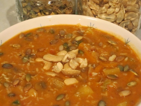 Curry Soup with Cashews, Toasted Pumpkin Seeds & Unsweetened Coconut Shreds
