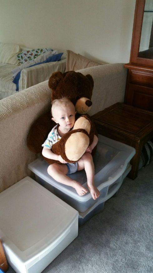 Babysitter pic - Before nap - April 21, 2016